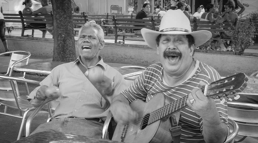 Ægte entusiasme i Santiago de Cuba. Foto: Theodor Hensolt (CC by 2.0)